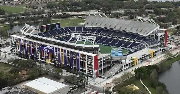 Citrus Bowl Orlando Hosts Football Matches