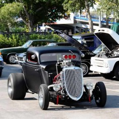Classic car parade on Saturday at Old Town, Kissimmee